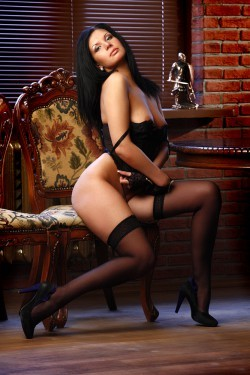 Roxanne Italian Escort For Liverpool Incalls