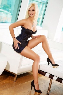 Mia – London Playmates Escort Agency