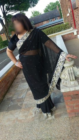 Mina an Indian MILF Escort In Birmingham & The West Midlands